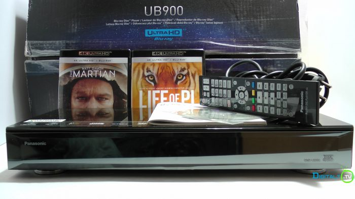 Panasonic UB900 kasse indhold
