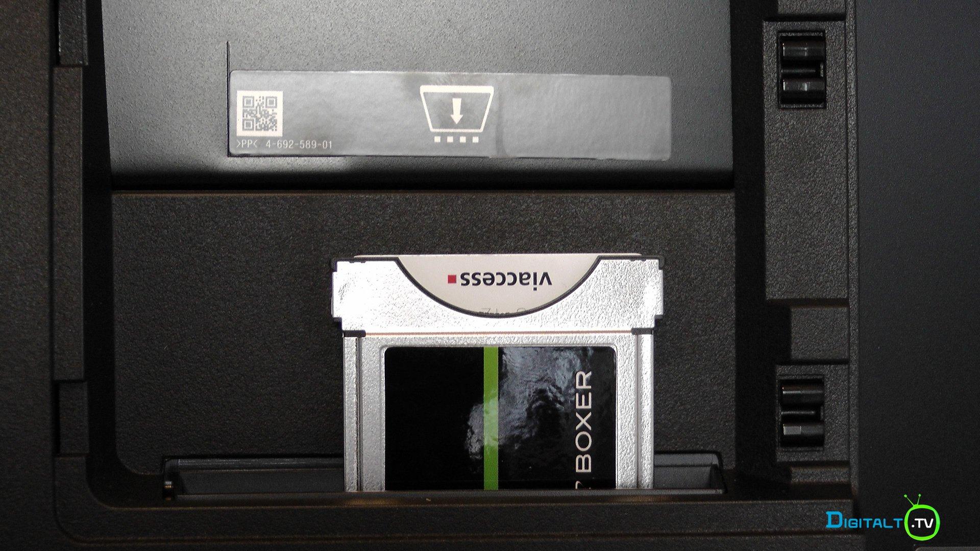 Sony XE9005 CI slot