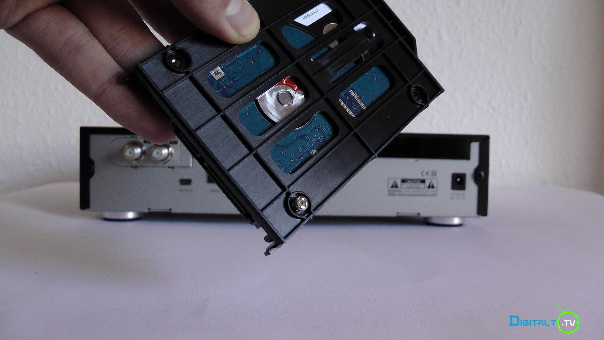 DM900 hdd montering 1