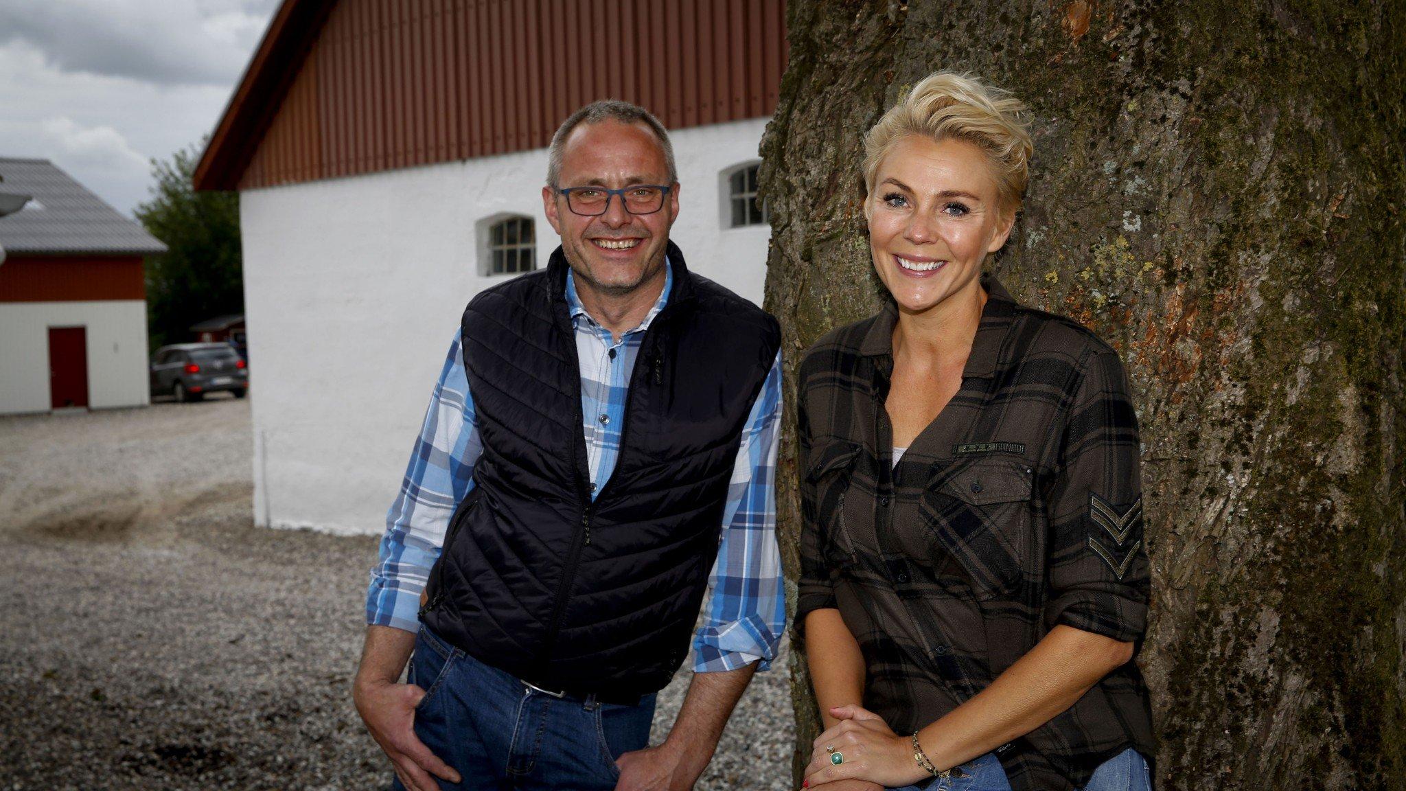 Vært Lene Beier og landmand Niels, 'Landmand søger kærlighed', sæson seks.