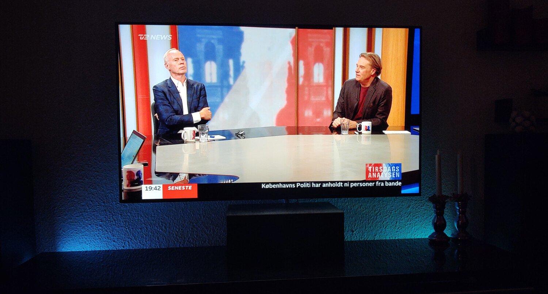 TV med baglys Philips Hue Play