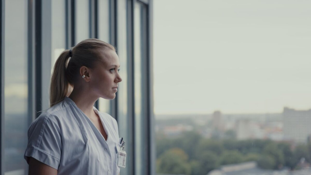 Josefine Frida får dansk debut og stor rolle i Discovery-serien 'DOPAMIN'
